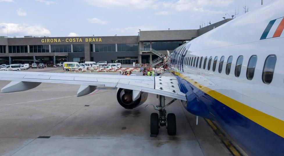 In Girona liegt auch der Flughafen GRO Girona, der Costa Brava Flughafen. (#11)